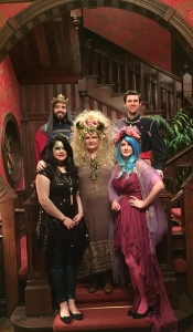 pulpwood queen & family photo